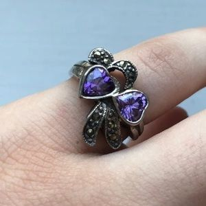 Beautiful Silver Hearts Ring Size 6